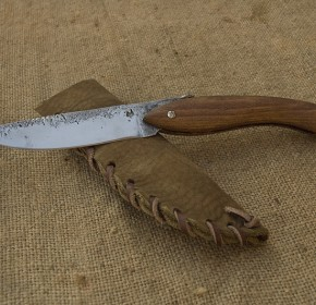 Grand couteau de poche
