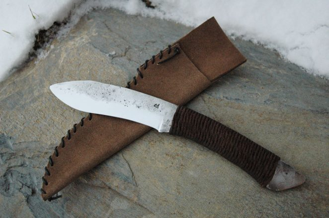Couteau droit brut de forge